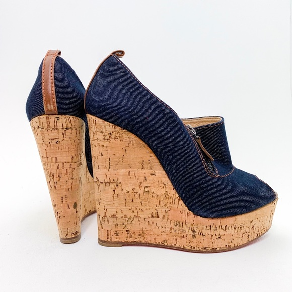premium selection 8c09d 272e4 Christian Louboutin Deroba Denim Wedges Size 38